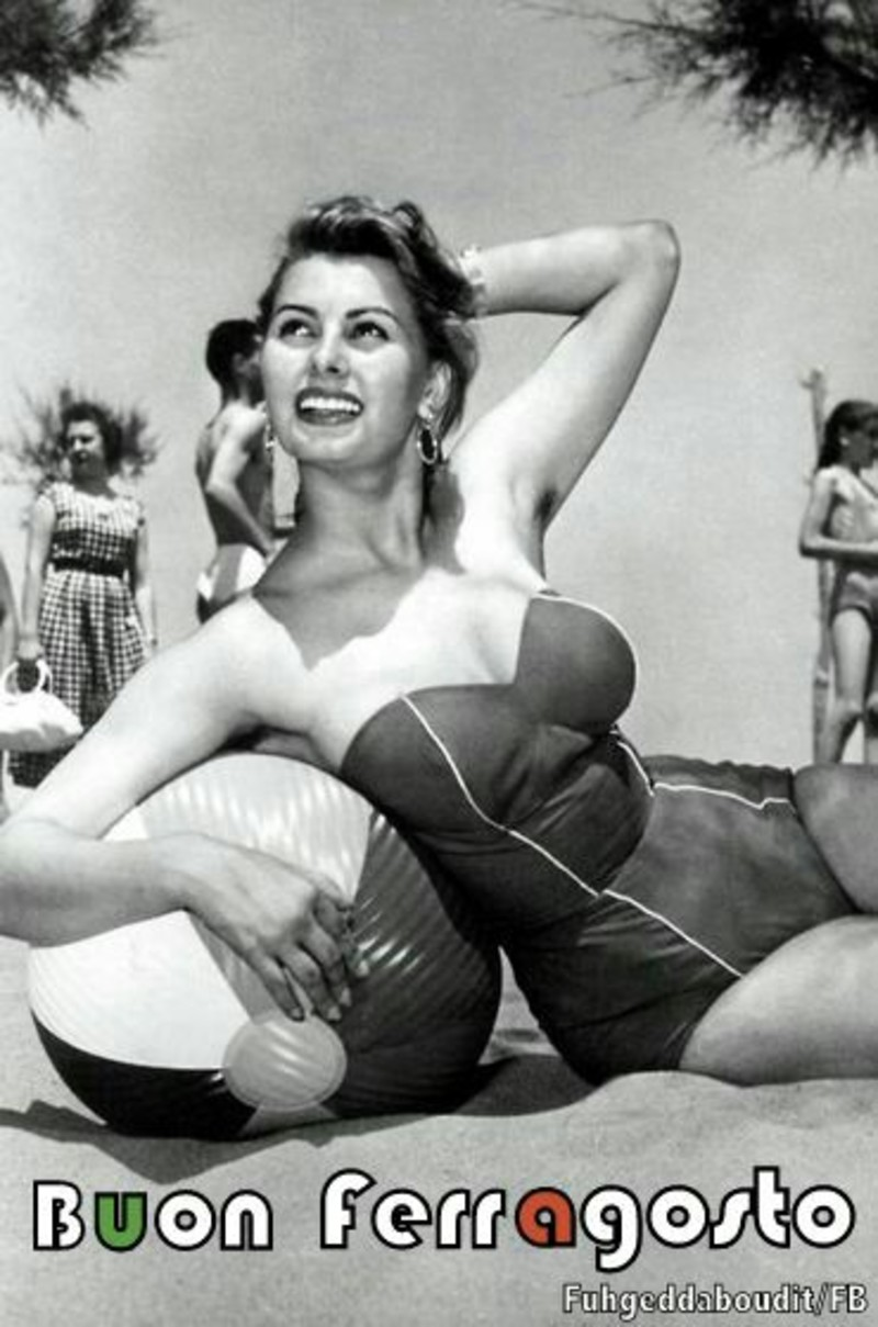 Buon Ferragosto Photography Women Vintage Just Because